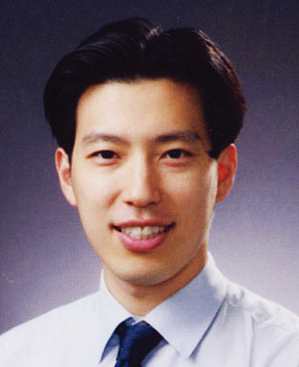 Photo of Seok Hwan Kim