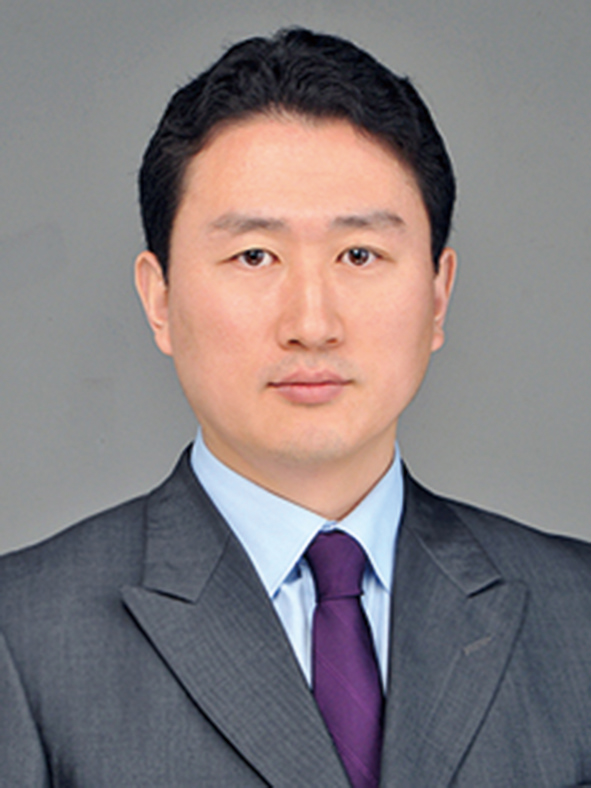 Photo of Hyun-Cheol Kang