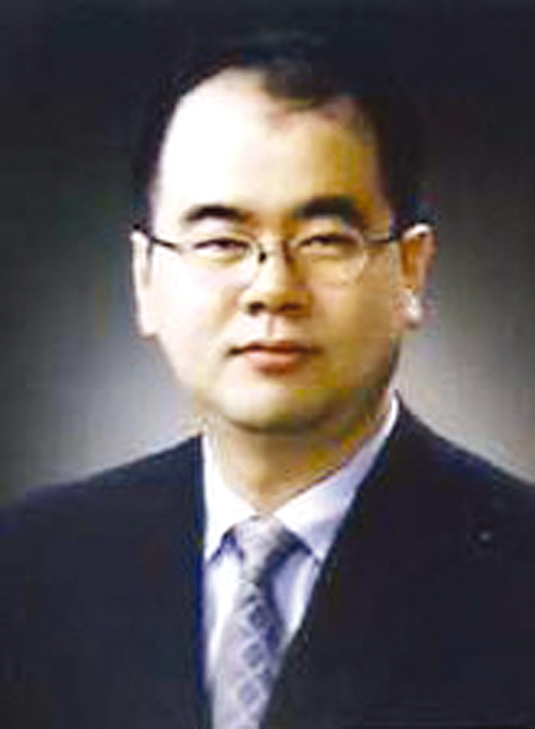 Photo of Moon Seok Park