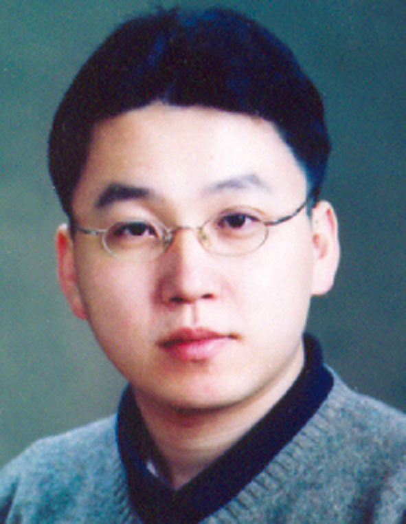 Photo of Keun-Wook Lee