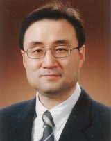 Photo of Dong Young Lee