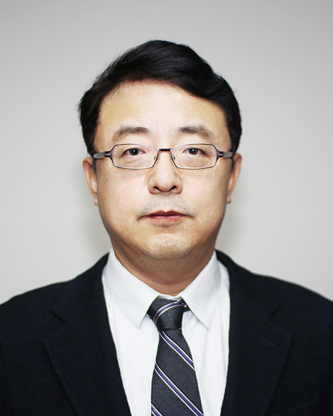 Photo of Yong Jin Jung