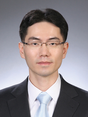 Photo of Jin Wook Jeoung
