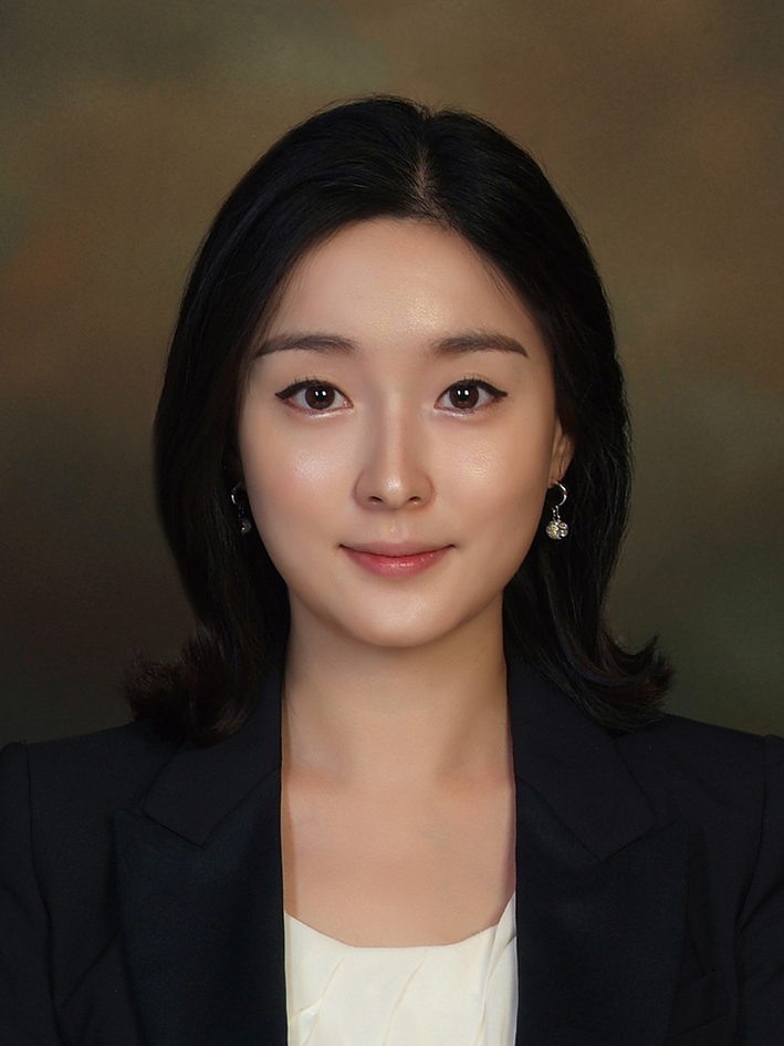 Photo of Eun Hyo Jin