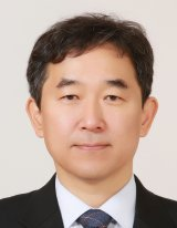 Photo of Jong-Il Kim